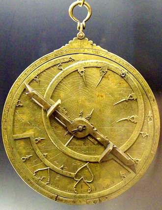 Astrolabe, attribution Luis Garcia, wikipedia